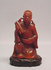 CHINESE 19TH CENTURY HORN CARVING OF AN OLD MAN