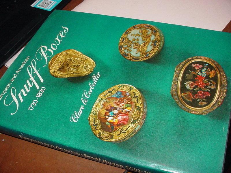 European and American Snuff Boxes 1730-1830 ~Clare Le Corbeiller