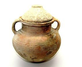 A HERODIAN COOKING POT WITH LID