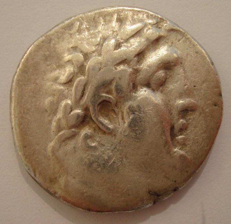 A SILVER SHEKEL OF TYRE (32/31 BCE)
