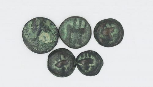 FIVE SEMI-AUTONOMOUS BRONZE COINS OF PHOENICIA