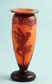 Delatte Nancy Cameo Glass Vase