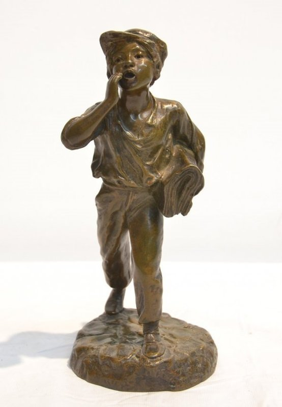 Fine French Bronze Sculpture; Newspaper Boy.
