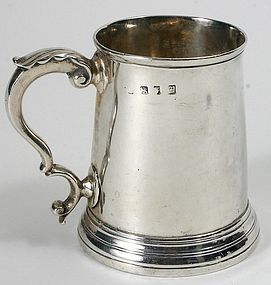 English Georgian sterling silver mug, London, 1765