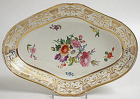 English porcelain floral dessert serving dish, c.1815
