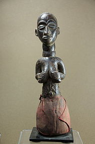 Feminine Figurine, Luba Ethnic Group