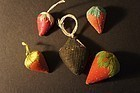5 antique sewing emeries 4 strawberries and one black emery
