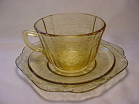 Madrid Cup & Saucer Set - Amber