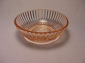 Queen Mary Small Berry Bowl - Pink