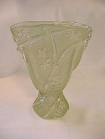 Consolidated Line 700 Fan Vase - Jade Ceramic