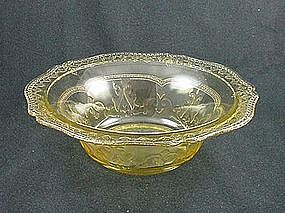 Patrician Spoke Round Serving Bowl - Amber