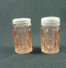 Windsor Salt & Pepper Set - Pink