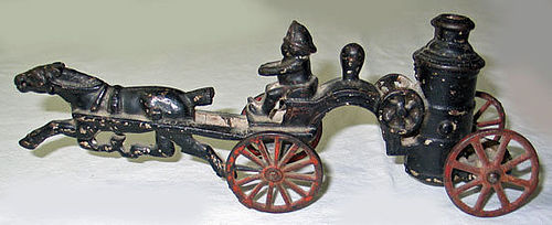 Cast Iron Horse Drawn Fire Engine