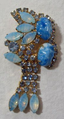 Juliana Brooch in Blue