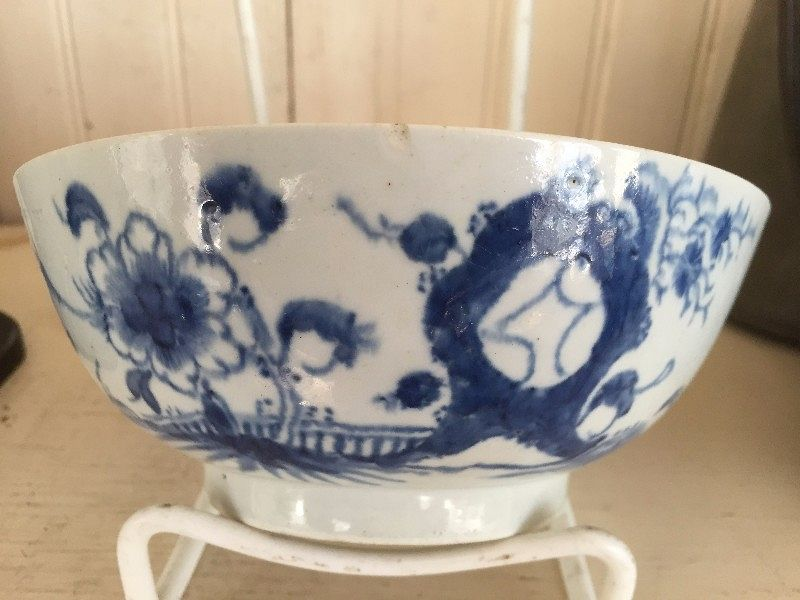 English Blue and White Porcelain Small Bowl, c. 1760