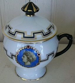Paris Porcelain Pot a Jus, c. 1800, Napoleonic era