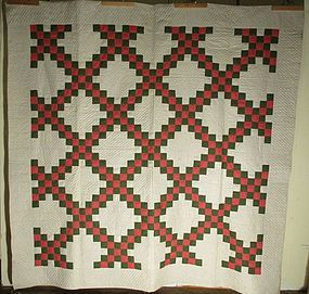 Hand pieced cotton double Irish chain American quilt late 19th century