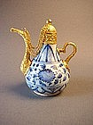 Yuan blue and white ewer !