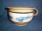 "YELLOWWARE 10 1/2""  BLUE SEAWEED CHAMBER POT"