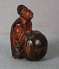 19c Negoro netsuke COURTIER cleaning bell