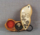 19c netsuke BIRD box with SEAL