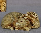 18c netsuke DEER with young by TOMOKAZU ex Royal