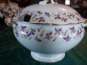 Tressemann & Vogt china soup tureen