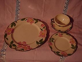 Francsican Desert Rose 4 piece place setting