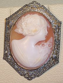 Antique Shell 10k White Filigree Gold Cameo Brooch Pin