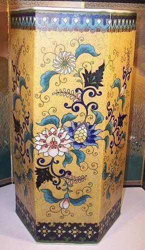 """Japanese Totai Cloisonne Porcelain 9""""+ Vase snd Takeuchi Chubei"""