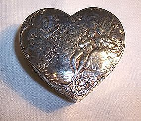Continental 800 Silver Heart Trinket Box Couple Scenes