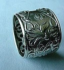 ANTIQUE ART NOUVEAU NAPKIN RING BEAUTIFUL FLORALS
