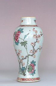 Chinese Famille Rose Vase, 18th Century