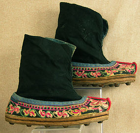 Chinese Ethnic Minority Miao Womans embroidered boots