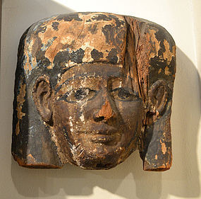 AN ANCIENT EGYPTIAN WOOD MASK