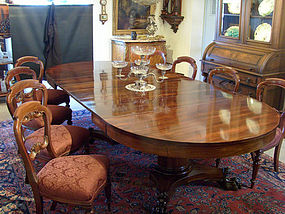 Boston Split Pedestal Mahogany Dining Table circa 1900
