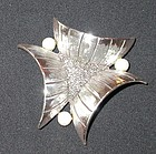 TORTOLANI TRIANGULAR BROOCH
