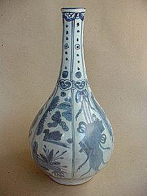 Blue & White Kraak Style Bottle Vase