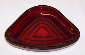 Hocking Red MANHATTAN Relish TRAY INSERT