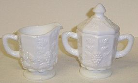 Westmoreland PANELED GRAPE Creamer, Sugar and Lid