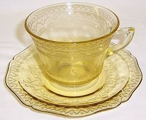 Federal Depression Amber PATRICIAN SPOKE Coffee CUP and SAUCER