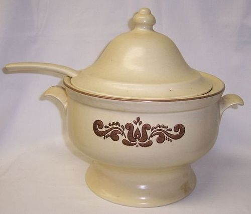 Pfaltzgraff VILLAGE Large SOUP TUREEN, Cut Out LID and Ladle