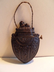 Carved wooden opium box - Chinese