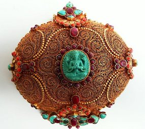 Gilt silver Tibetan breast-plate with Chenrezig