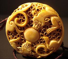 Chinese manju or toggle with mythical animals