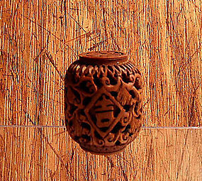 Carved wooden small barrel toggle - China