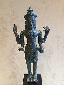 Bronze Khmer Vishnu statue - Cambodia 13th. century