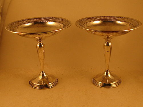 Pair of compotes by Ellmore; Meriden, CT, mid-20th C.