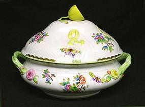 Large Herend Queen Victoria Soup Tureen