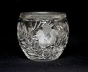 Large Cut Crystal Centerpiece With Flowers